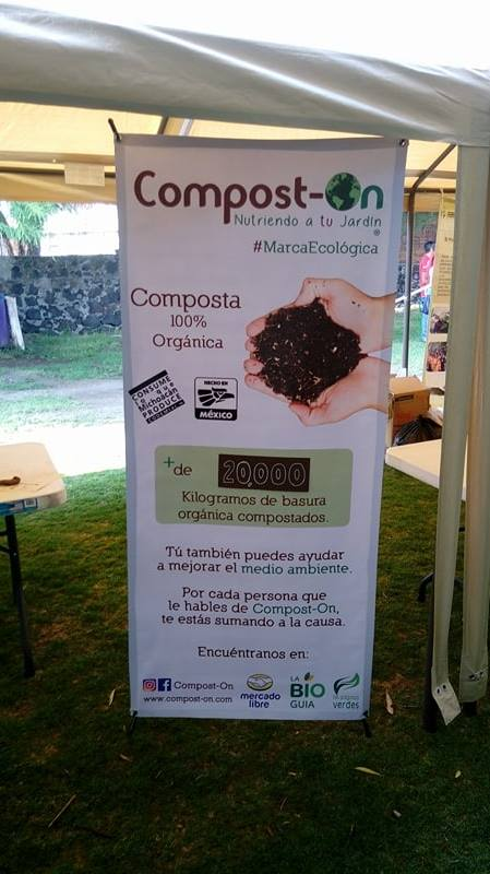 Display ecológico verde compost on